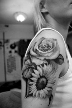 black and white daisy tattoo - Google Search   Sunflower tattoo sleeve, Sunflower tattoo