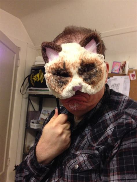 grumpy cat mask  steps  pictures