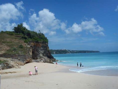 One Of Beautiful Beach In Bali Indonesia Dreamland Beach