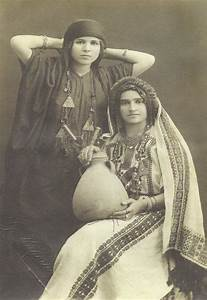 Armenian Traditional Clothing from Van Survivors of ...