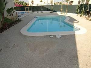 gazon synthetique autour piscine With gazon synthetique autour d une piscine
