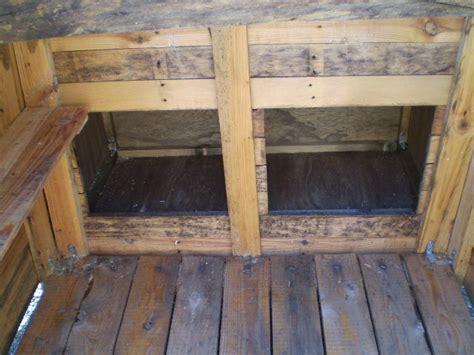 interieur cot 233 pondoir photo de mon poulailler creations chez creapeg