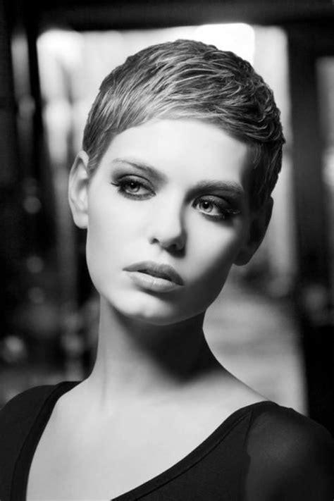 top  pixie hair  easy short haircut  women