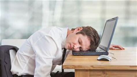 d euner au bureau comment optimiser sa sieste au bureau l 39 express l 39 entreprise