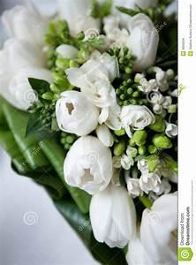 Fleurs Pour Mariage : bouquet de mariage des fleurs blanches images stock ~ Dode.kayakingforconservation.com Idées de Décoration