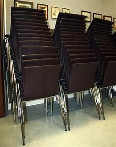 Lot De 20 Chaises Brune Empilable Structure Metallique En