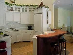 Southold Octagon Kitchen - Traditional - Kitchen - new