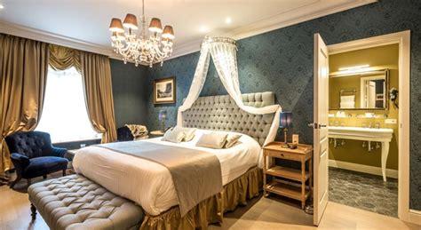 prix d une chambre au carlton cannes une chambre d hôtel à bruges les plus belles