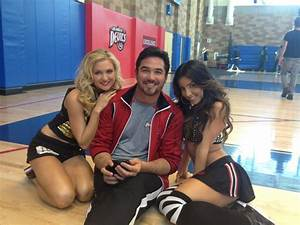 Petition get pete davenport39s shirt to quothit the floorquot in for Raquel on hit the floor