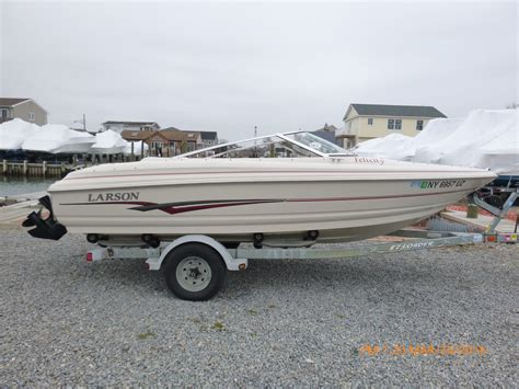 Larson Bowrider Boats For Sale by Larson 180 Bowrider 2002 For Sale For 2 025 Boats From