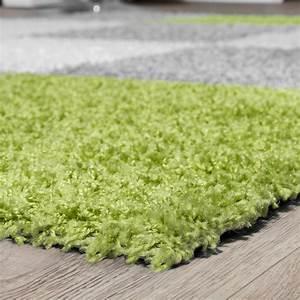Hochflor Teppich Grün : moderner hochflor teppich karo muster shaggy zottel teppiche grau wei gr n hochflor teppich ~ Markanthonyermac.com Haus und Dekorationen