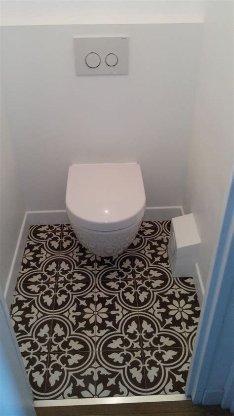 les 25 meilleures id 233 es de la cat 233 gorie carrelage wc sur lavabo toilette toilette