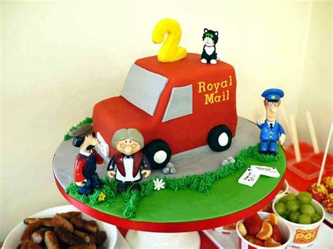 postman pat cake  pinterest fireman sam cake noddy