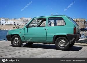 Fiat Panda 2000 : old fiat panda stock editorial photo tupungato 160227314 ~ Medecine-chirurgie-esthetiques.com Avis de Voitures