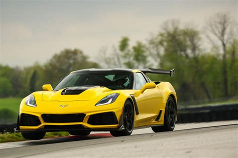 2019 Zr-1 Sets New Standard For Fast At The Ncm