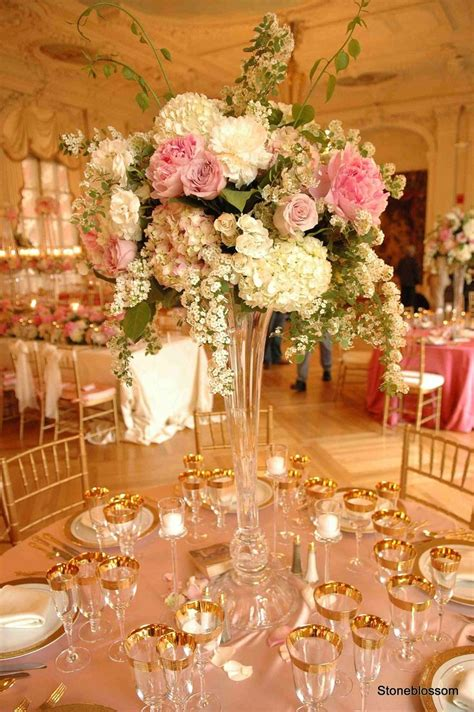 flowers   classy table  wedding