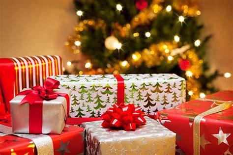 Ziemassvētki tuvojas: dāvanas - Mazulis - Māmiņu klubs