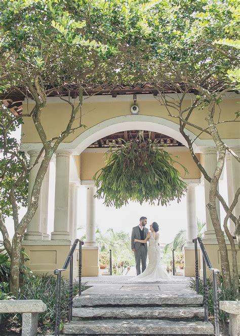 a blush garden wedding at hollis garden in lakeland florida