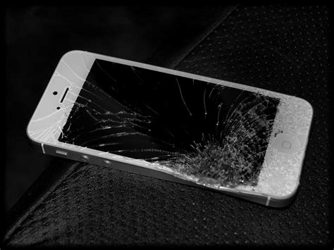 iphone 5 repair apple to blame for insanely high iphone 5 repair costs