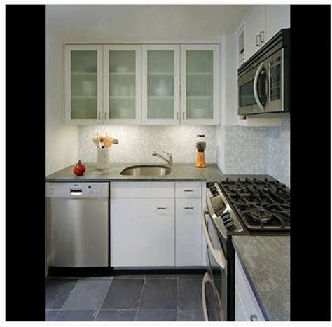 diseno de cocina pequena  ideas  fotos construye hogar