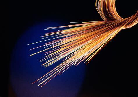 le a fibre optique orange communique sur le 100 fibre au contraire de swisscom