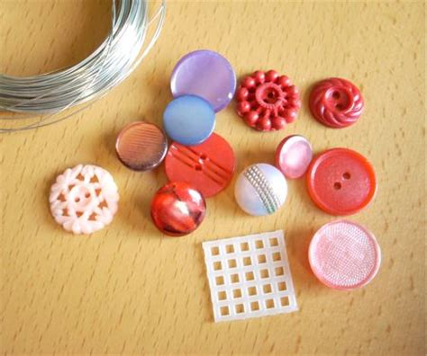 craft ideas using buttons how to make a cool button pendant think crafts by 3945
