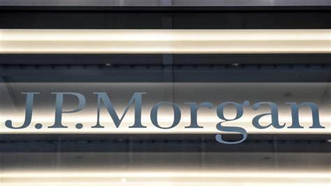 เงินเดือนนายแบงก์โลกพุ่งหลัง 10 ปีวิกฤติการเงิน