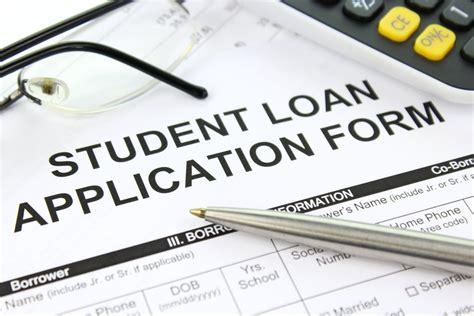 4 Things To Know About Applying For Student Loans