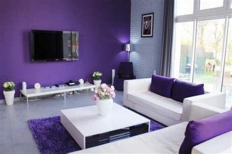 idees dameublement salon en violet elegant