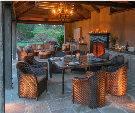 How To Create The Perfect Fall Outdoor Entertaining Area