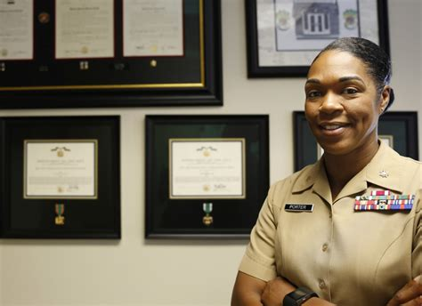 marines      good women  recruiting drive