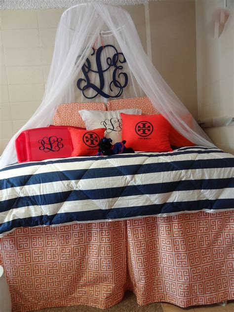 frill seekers gifts blog  heidi locicero dorm room graduation ideas