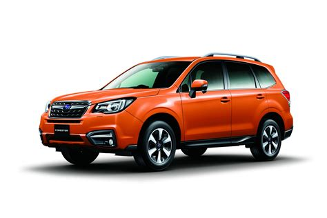 subaru off subaru shows off the facelifted 2017 forester carscoops