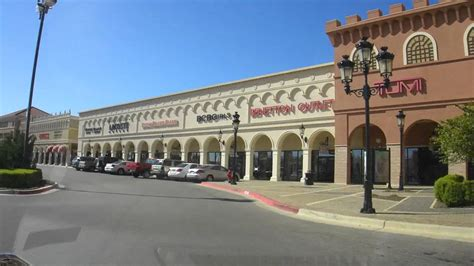 Morning Shopping At San Marcos Premium Outlet, Usa 1