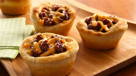 Here's everything you need to know about making homemade pie crust! Poppin' Fresh® Barbecups recipe from Pillsbury.com
