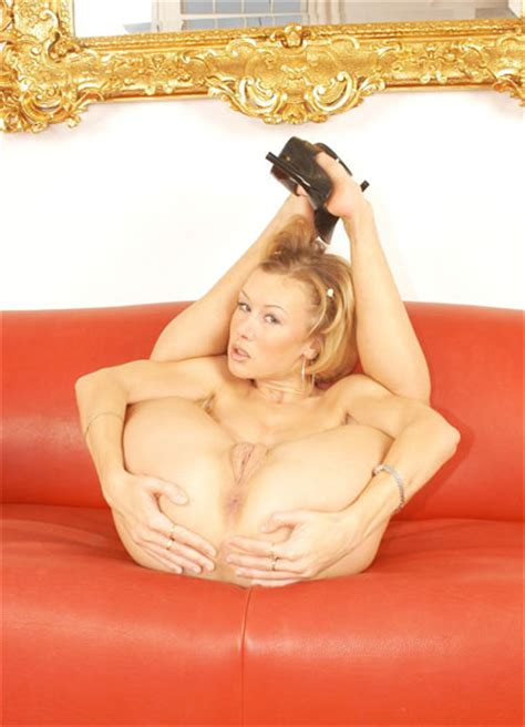 Wild Contortion Sex With Hot Flexible Milf Nude