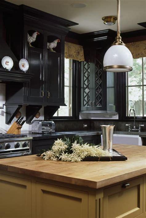 tone kitchen cabinet ideas    colors