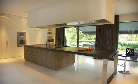 cuisine contemporaine avec ilot central cuisine ouverte et îlot central bois guillaume da silva
