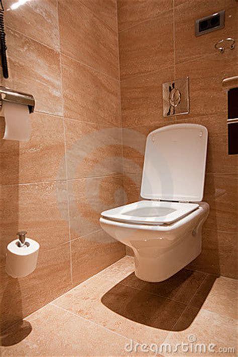 toilette moderne photos libres de droits image 17483578