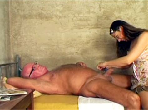 Dirty Grandpa Gets His Big And Hairy Balls Fully Shaved
