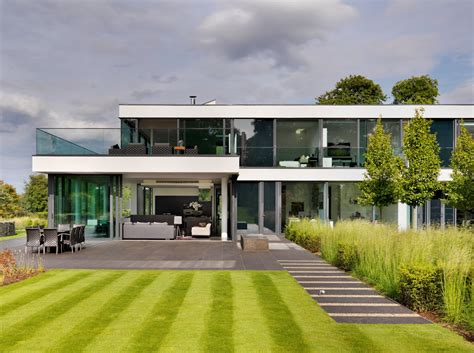 Country House : A Modern Country House By Gregory Phillips Architects