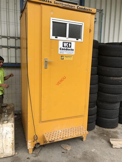 a vendre wc toilette de chantier jaune raccordable 224 la canalisation dinibat sa