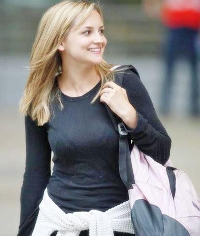 Phoebe Adele Gates Net Worth, Zodiac Sign, Age, Height And ...