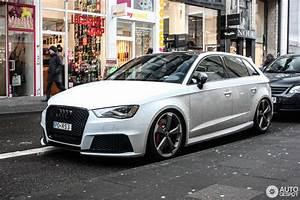 Audi Rs3 Sportback 2017 : audi rs3 sportback 8v 23 january 2017 autogespot ~ Medecine-chirurgie-esthetiques.com Avis de Voitures