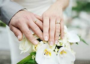 is it worth the money to insure your engagement and With how much should a man pay for a wedding ring