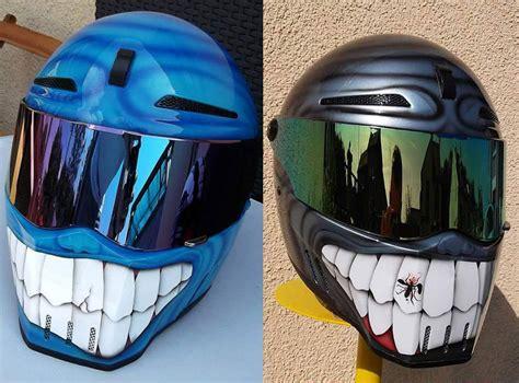 casque moto optez pour la peinture sourire