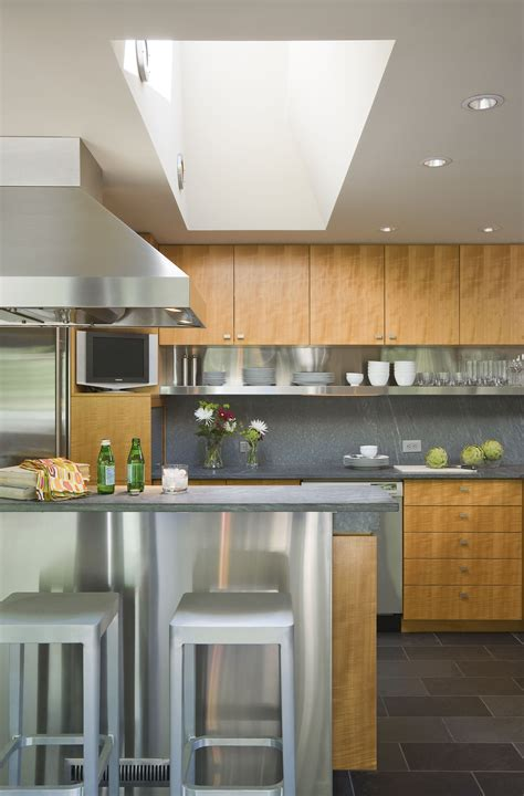 washing kitchen cabinets what is the 10 x 10 kitchen 3357