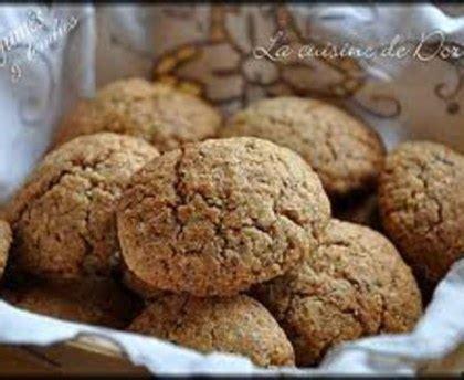 marmiton cuisine facile biscuits aux noisettes rapides recette de biscuits aux
