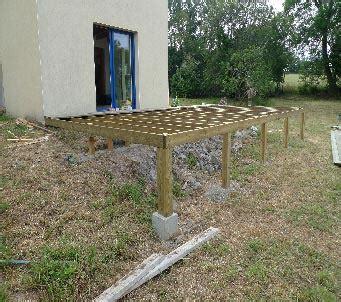 realiser une terrasse en bois sur pilotis entretien de jardins 224 pont de buis les quimerch 29 maintenance de parcs 224 proximit 233 de brest