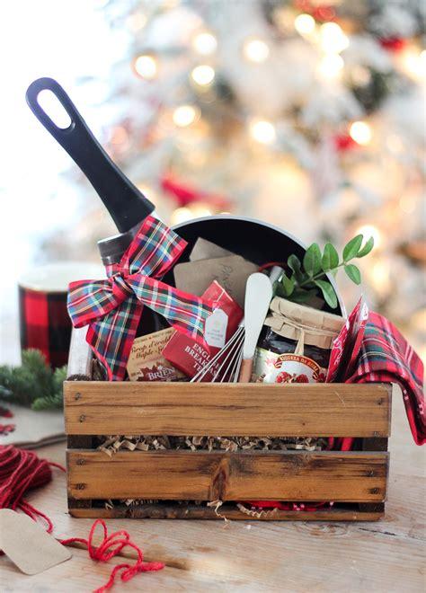 diy gift baskets  inspire  kinds  gifts